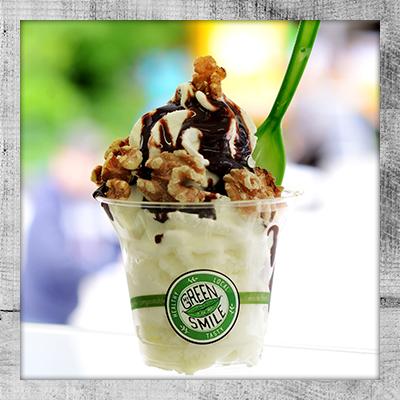 My Green Smile Foodtruck Frozen Yogurt mit Schokolade und Walnuss