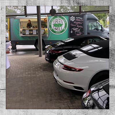My Green Smile Foodtruck im Porsche Autohaus